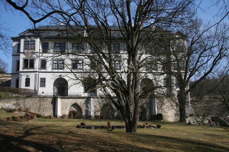 Velké Meziříčí (zámek)