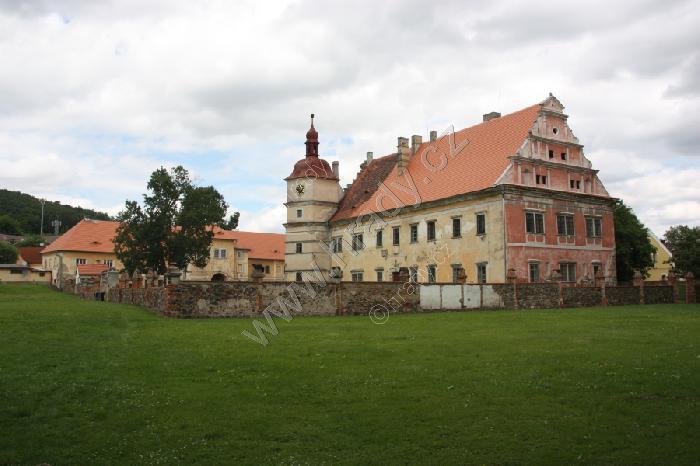 Červené Poříčí (zámek)