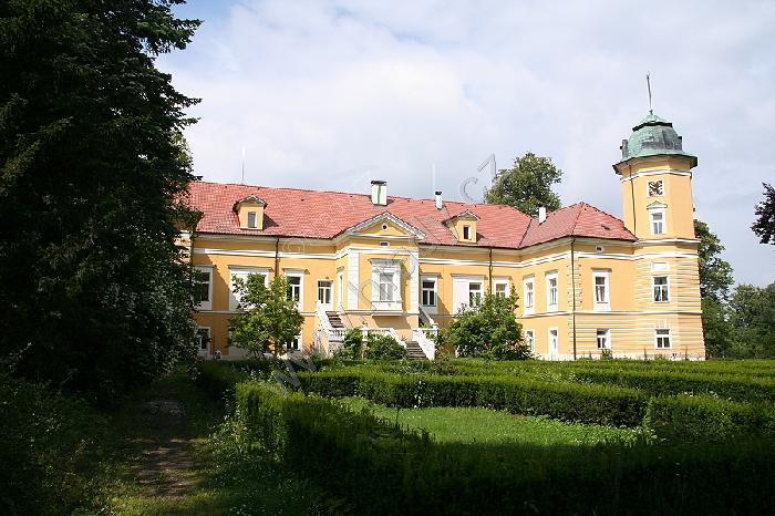 Chotoviny (zámek)