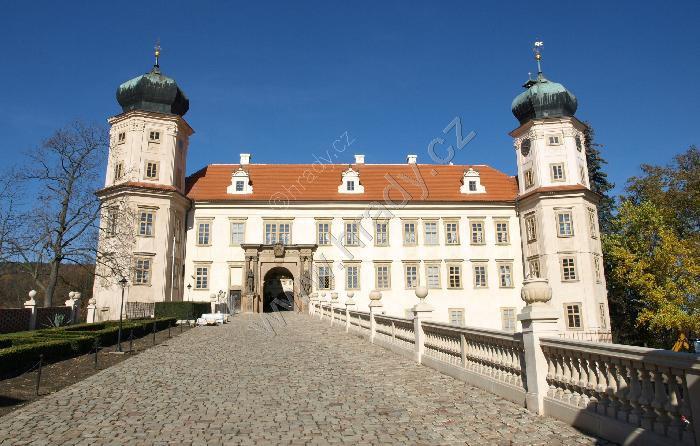 Mníšek pod Brdy (zámek)