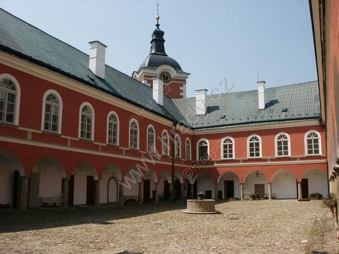 Kamenice nad Lipou (zámek)