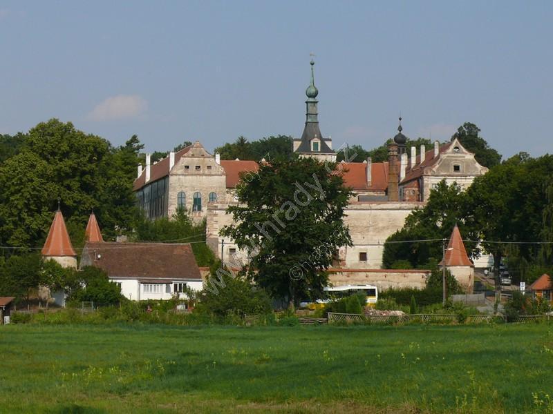 Uherčice (zámek)
