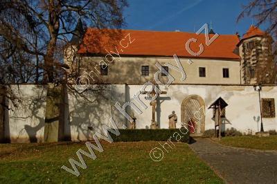 Benešov nad Ploučnicí (zámek)