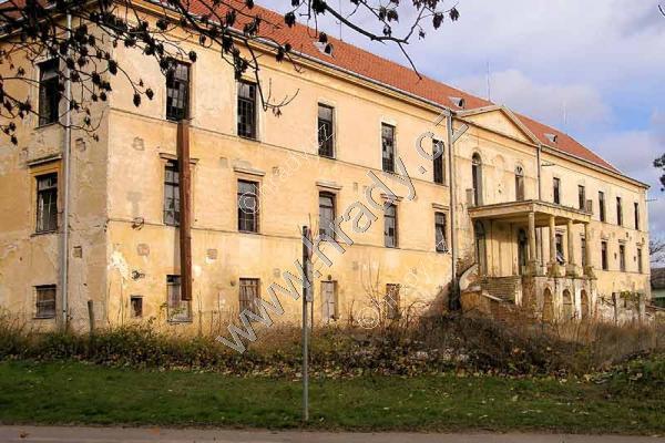 Hrušovany nad Jevišovkou (zámek)