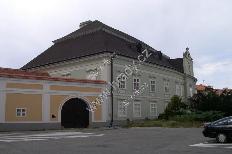 Moravské Budějovice (zámek)
