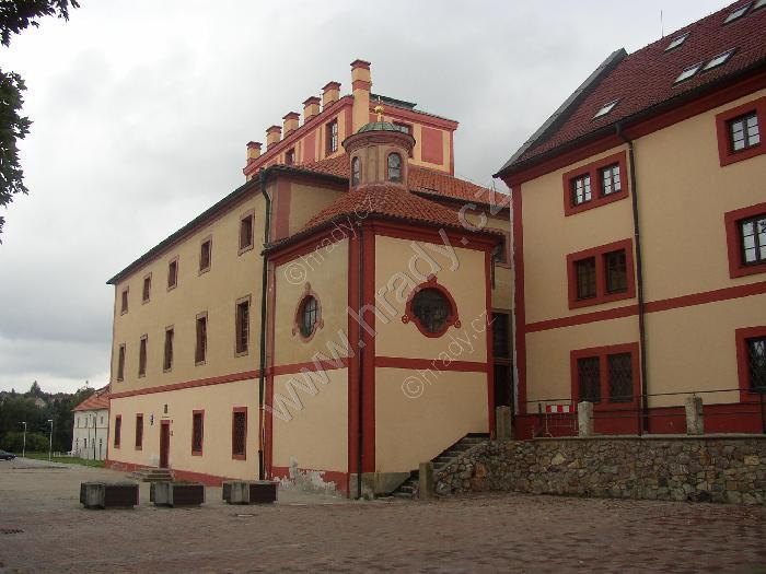 Hostivice (barokní zámek)