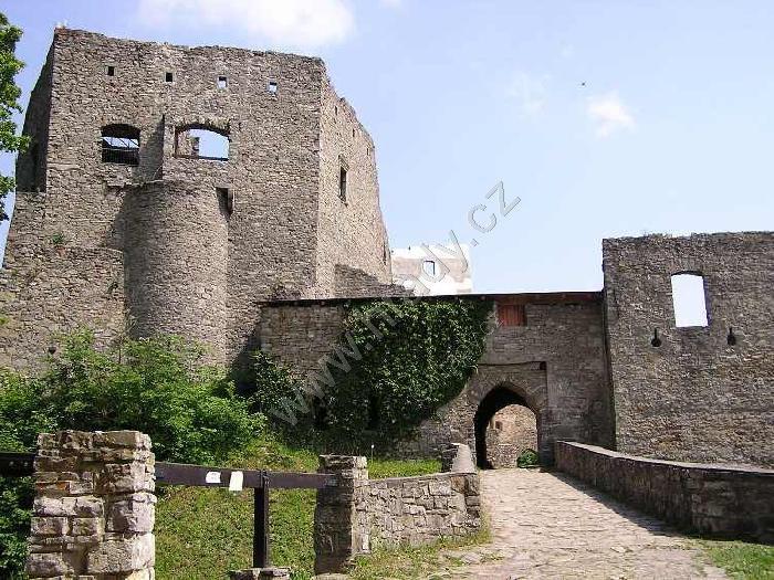 Hukvaldy (zřícenina hradu)