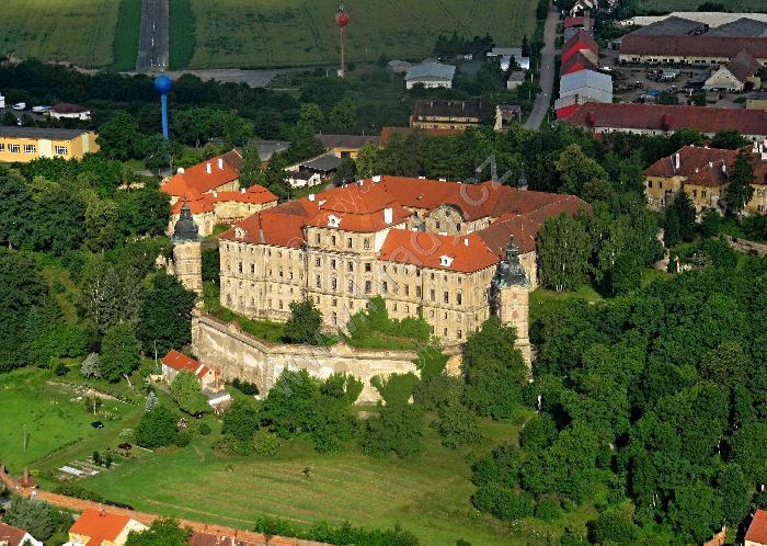 Chotěšov (klášter)