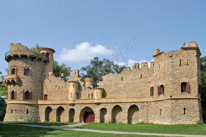 Janův hrad (umělá zřícenina)