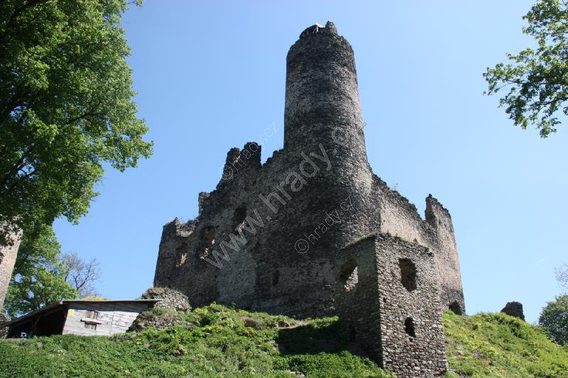 Kostomlaty pod Milešovkou (zříc. hradu)