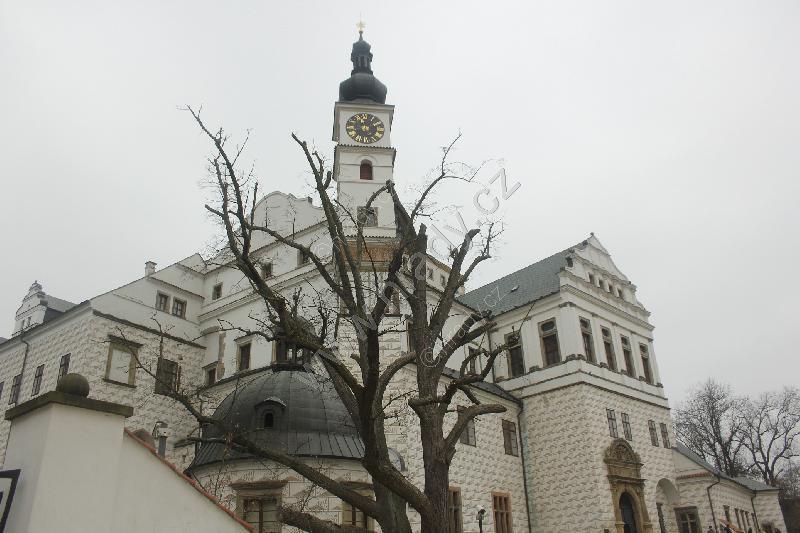 Pardubice (zámek)
