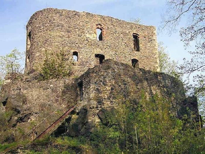 Vlčtejn (zřícenina hradu)